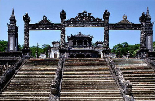 The-Imperial-City-of-Hue-Vietnam